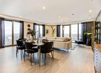 3 bed flat for sale in Royal Docks West, Royal Victoria E16