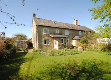 Thumbnail 5 bed cottage for sale in Church Road, Hinton Waldrist, Faringdon