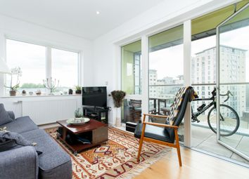 Thumbnail 2 bed flat to rent in Branch Place, London