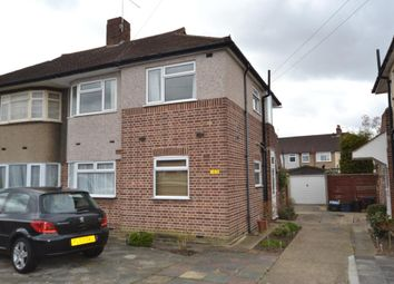 Fullwell Avenue, Ilford IG5. 2 bed flat