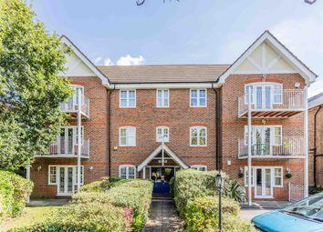 Langton Court, The Ridgeway, Enfield EN2. 3 bed flat for sale