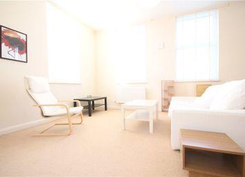 Thumbnail 1 bed flat to rent in Glenhurst Road, Brentford, Middlesex