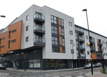 Thumbnail 1 bed flat to rent in Angel Wharf, Shepherdess Walk
