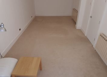 Thumbnail Room to rent in Elgin Road, Ilford