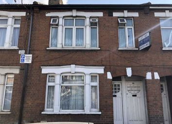 2 bed maisonette for sale in Western Road, Southall, Middlesex UB2