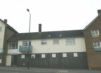 Thumbnail 1 bed flat to rent in Long Chaulden, Hemel Hempstead