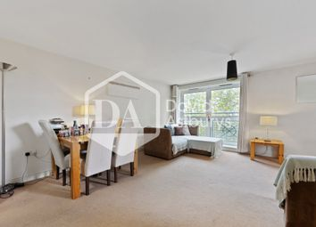 Thumbnail 2 bed flat to rent in Cline Road, Bounds Green, London