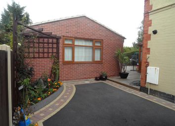 3 bed bungalow to rent in Western Road, Mickleover, Derby DE3