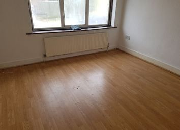 Thumbnail 5 bed terraced house to rent in Bounces Road, London