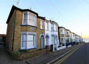 Thumbnail Room to rent in Seaview Road, Leigh-On-Sea, Essex