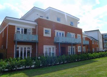 Thumbnail 2 bedroom flat to rent in Aran Walk, Reading