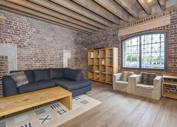 Thumbnail 1 bedroom flat to rent in Port East Apartments, 12 Hertsmere Road, London