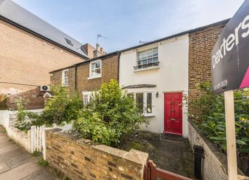 2 bed property to rent in Waterloo Place, Richmond TW9