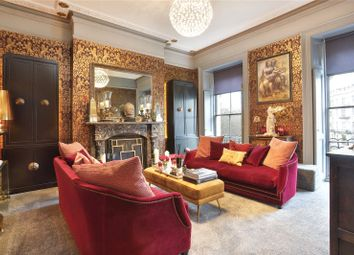 Montpelier Crescent, Brighton, East Sussex BN1. 2 bed flat for sale