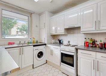 3 bed maisonette to rent in Knapp Road, London E3