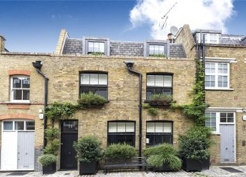 3 bed mews house to rent in Bentinck Mews, Marylebone, London W1U