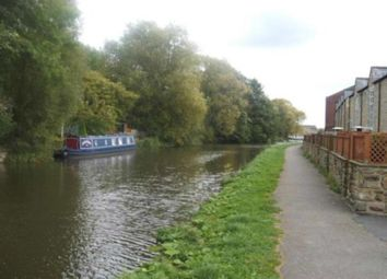 Thumbnail 3 bed town house to rent in Canal Road, Riddlesden, Keighley