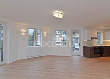 Thumbnail 1 bed flat to rent in Dollis Road, Finchley Central, London