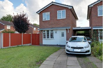 Thumbnail 2 bed detached house for sale in Holland Close, Sandbach
