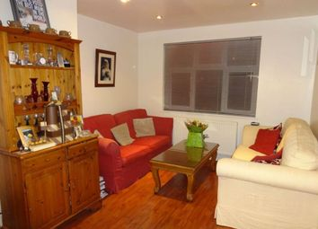 Thumbnail 2 bed property to rent in Roch Avenue, Edgware