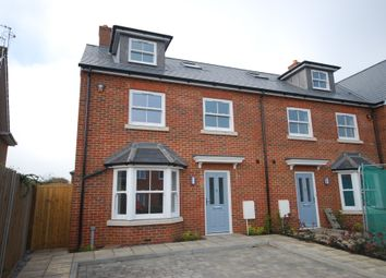 Thumbnail 4 bed terraced house to rent in Great Road, Adeyfield, Hemel Hempstead, Hertfordshire