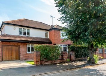 Cedars Avenue, Rickmansworth, Hertfordshire WD3. 4 bed detached house
