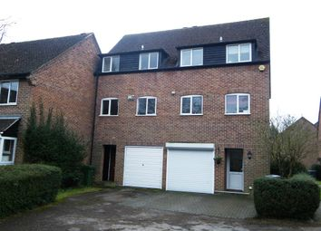 Thumbnail 3 bedroom town house to rent in Cleveland Grove, Newbury
