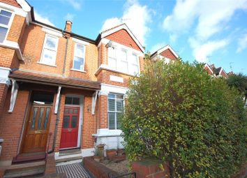 Thumbnail 2 bed flat for sale in Elm Park Road, Finchley, London