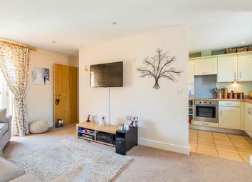 Thumbnail 2 bedroom flat for sale in Cardingham Court, Knowle, Fareham