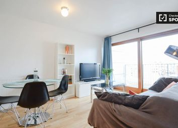 2 bed property to rent in Enid Street, London SE16