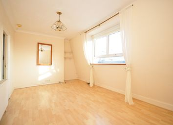 Thumbnail 1 bed flat to rent in Livingstone Road, Hove