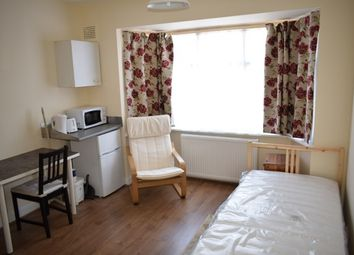 Thumbnail Room to rent in Westdown Road, London