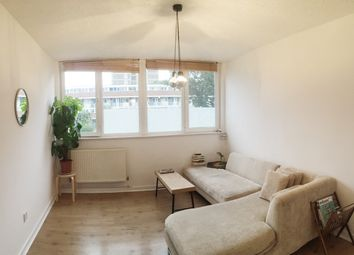 Thumbnail 1 bed flat to rent in Buckland Court St Johns Estate, Shoreditch