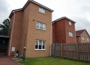Thumbnail 3 bedroom town house for sale in Mckinley Court, Gamekeepers Wynd, East Kilbride