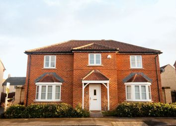 Thumbnail 4 bed property for sale in Stickleback Road, Calne