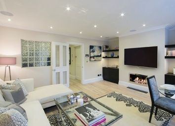 Thumbnail 3 bed flat to rent in Peony Court, 13 Park Walk, Chelsea, London
