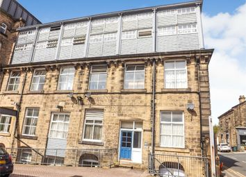 Thumbnail 1 bed flat for sale in Clyde Street, Bingley, West Yorkshire