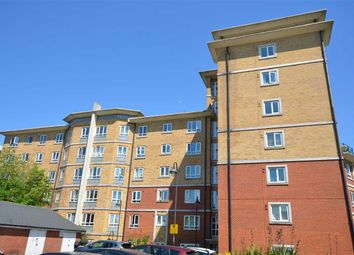 Thumbnail 1 bed flat to rent in Glebelands Close, London, North Finchly