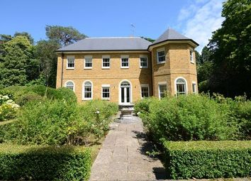 Thumbnail 7 bed detached house to rent in Swinley Road, Ascot