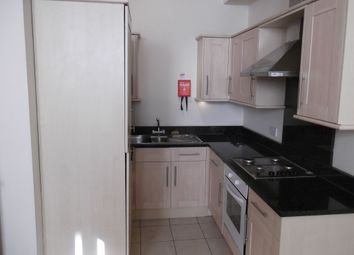 2 bed flat to rent in Wilmslow Road, Didsbury, Manchester M20