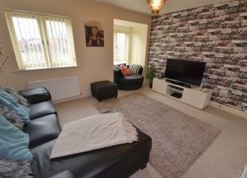 Thumbnail 2 bedroom flat for sale in Allerton Bywater, Castleford
