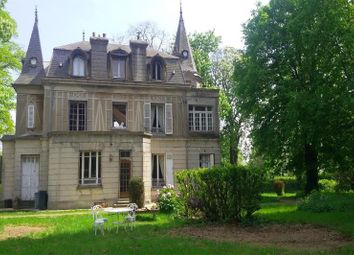Thumbnail 4 bed property for sale in Beauvais, Picardie, 60790, France
