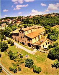 Thumbnail Farm for sale in Montefollonico, Montepulciano, Siena, Tuscany, Italy