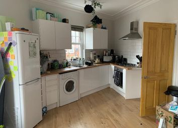 2 bed maisonette to rent in Margravine Road, Hammersmith, London W6