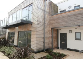 Thumbnail 2 bedroom flat to rent in Baily, Newbury