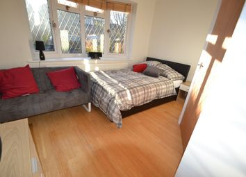Thumbnail Room to rent in Clowes Drive, Telford