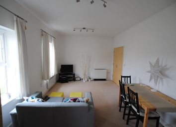 2 bed maisonette to rent in Harvest Bank, Shilton Park, Carterton, Oxfordshire OX18