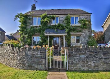 Thumbnail 4 bedroom detached house for sale in Canal Close, Llangattock, Crickhowell