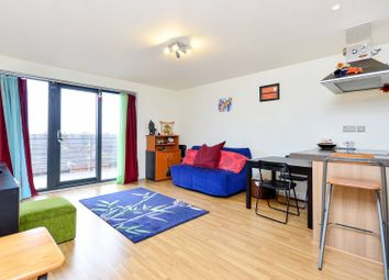 Thumbnail 1 bed flat to rent in Homerton Road, Homerton