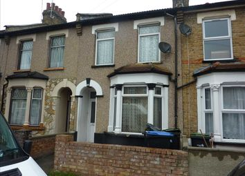 3 bed property for sale in Gloucester Road, London N18